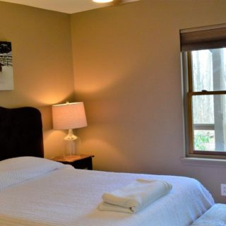 Luxurious linens at Prayer Ridge - The Cove at Fairview vacation rental - Asheville, North Carolina