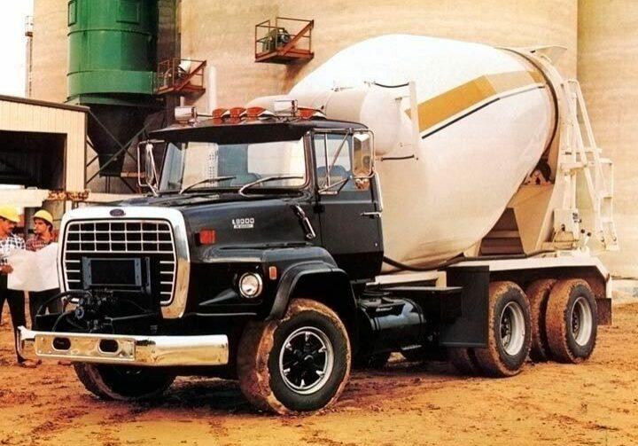 cfd2f2d72a6c9c42cbcebeb518fe8fae--mixer-truck-ford-trucks
