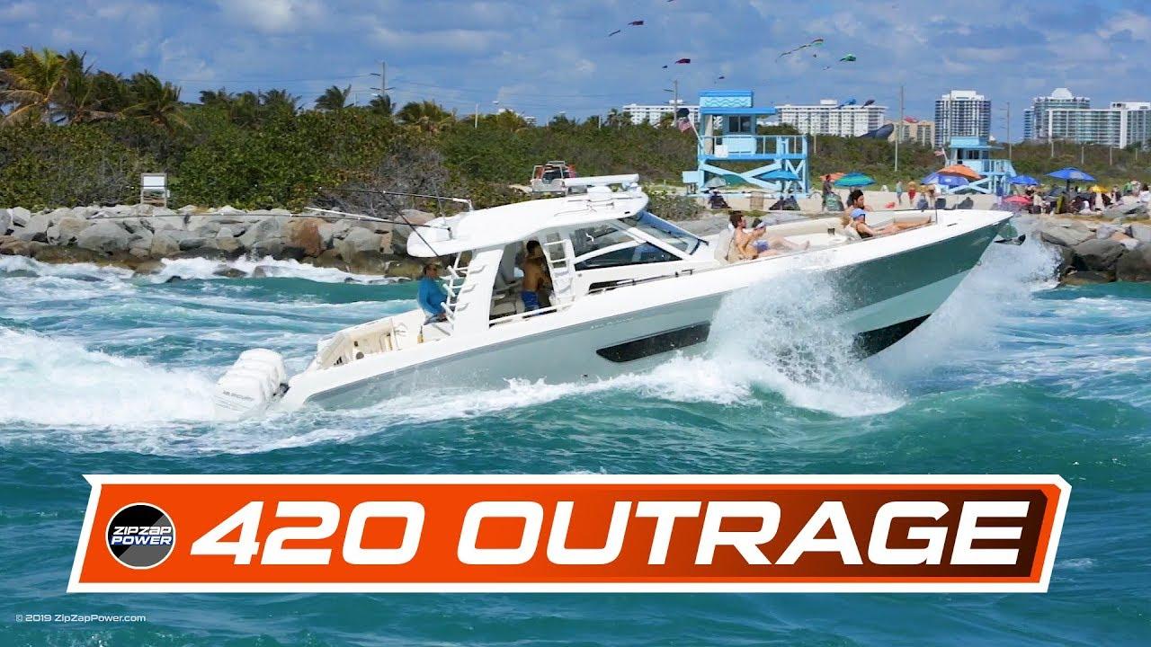 Boston Whaler 420 Outrage