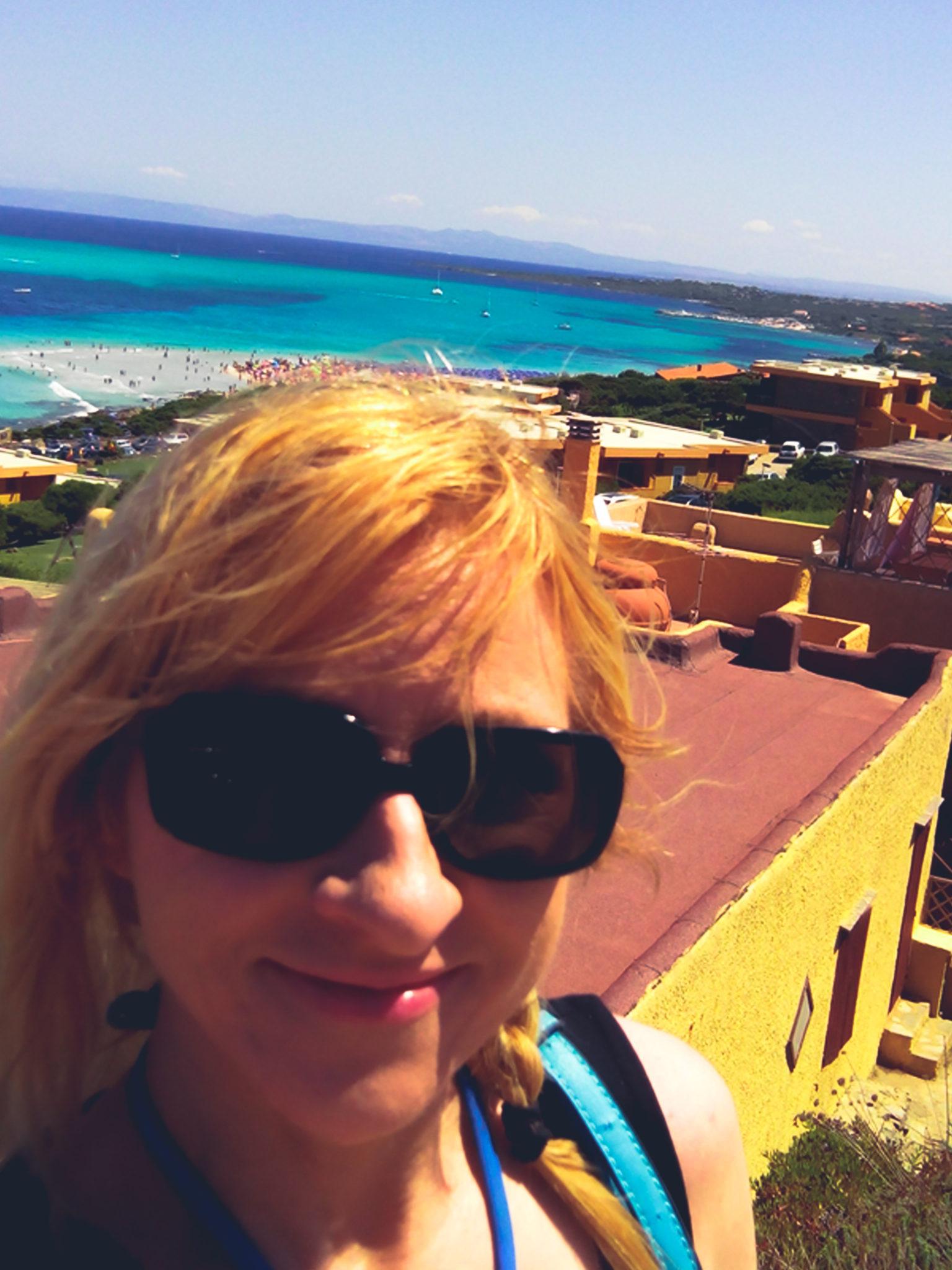 Connie Yerbic, Skonnie Music, traveling musician, Sardinian beaches