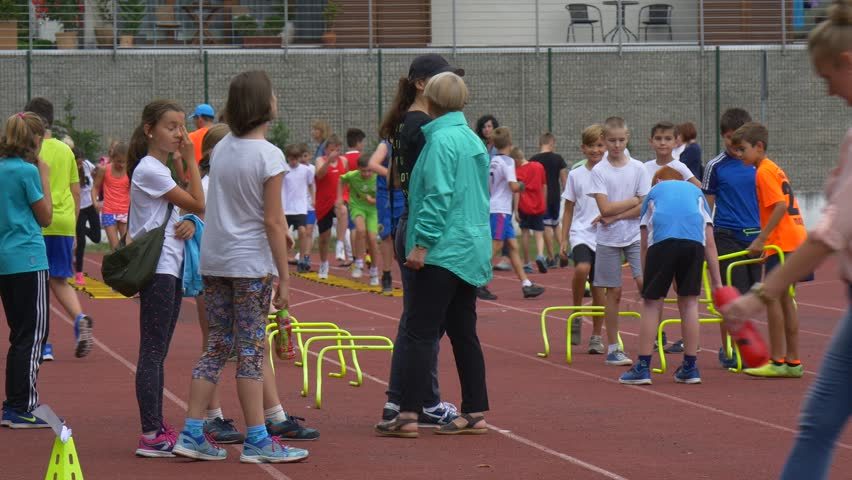 7 Steps To Teach Track and Field Skills