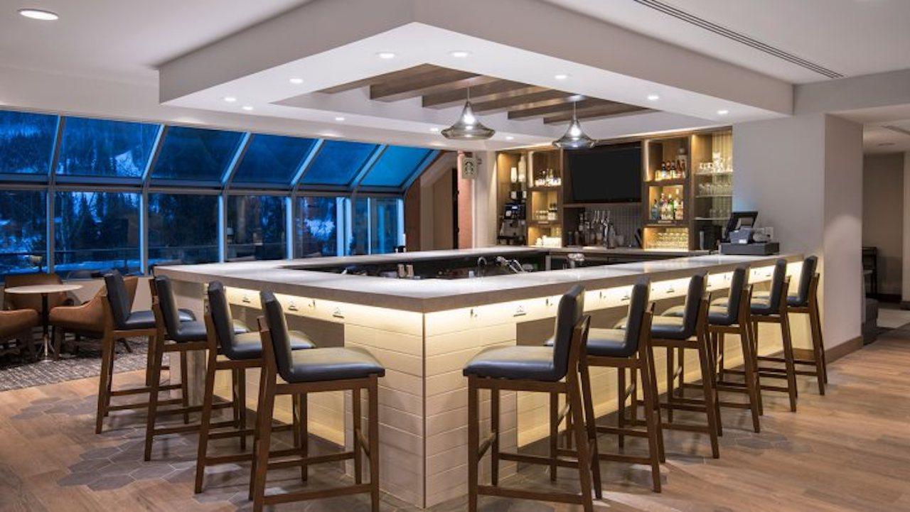 Hyatt Place Keystone   Bar
