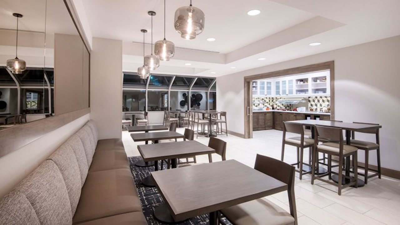 Hyatt Place Keystone | Breakfast Area