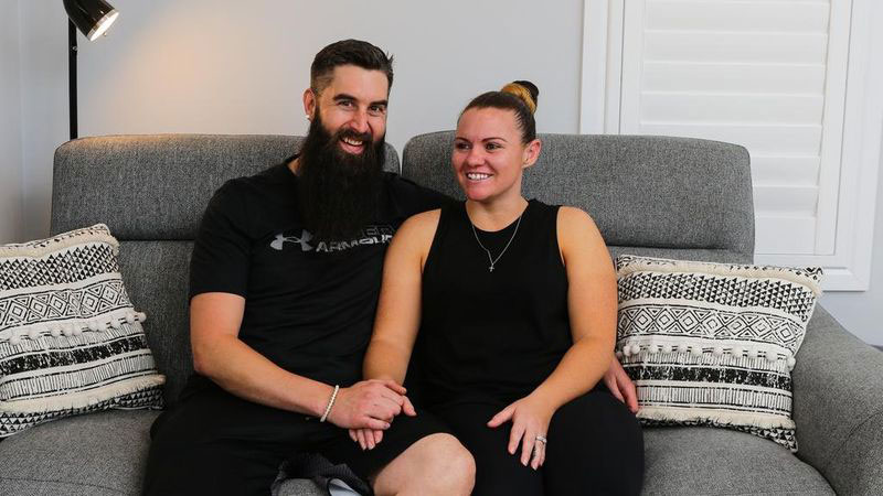 Graeme Holm helps young couple invest and build 6 home portfolio.