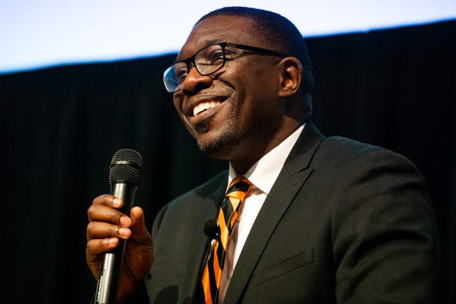 Shawn Joseph Provides Urban Education Call to Action to Nashville leaders