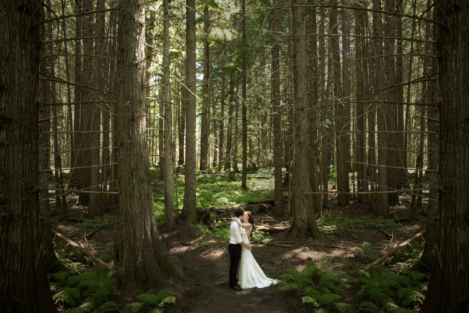 54Andrew_Pavlidis_Photography_Jess_and_Tristan_Revelstoke_Elopement_Calgary_Wedding_Photographer-