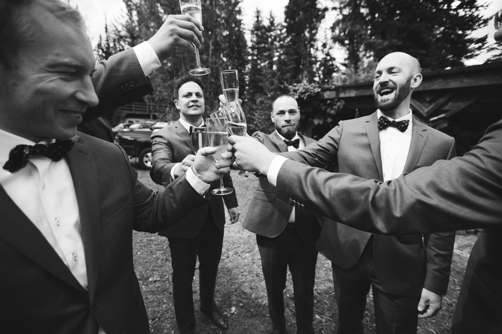 50-Willow_and_Wolf_Photography_Brittany_and_Darren_Golden_Wedding_Blog146Willow_and_Wolf_Photography_Brittany_and_Darren_Golden_Wedding_Ceremony-ATP_2018