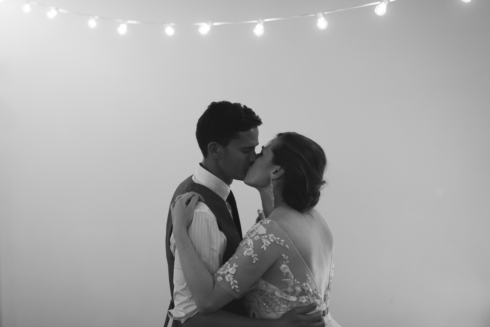 123Willow_and_Wolf_Photography_Katie_and_James_Waterton_Wedding_Blog9-Willow_and_Wolf_Photography_Katie_and_James_Waterton_Wedding_Dancing_BEC_6231
