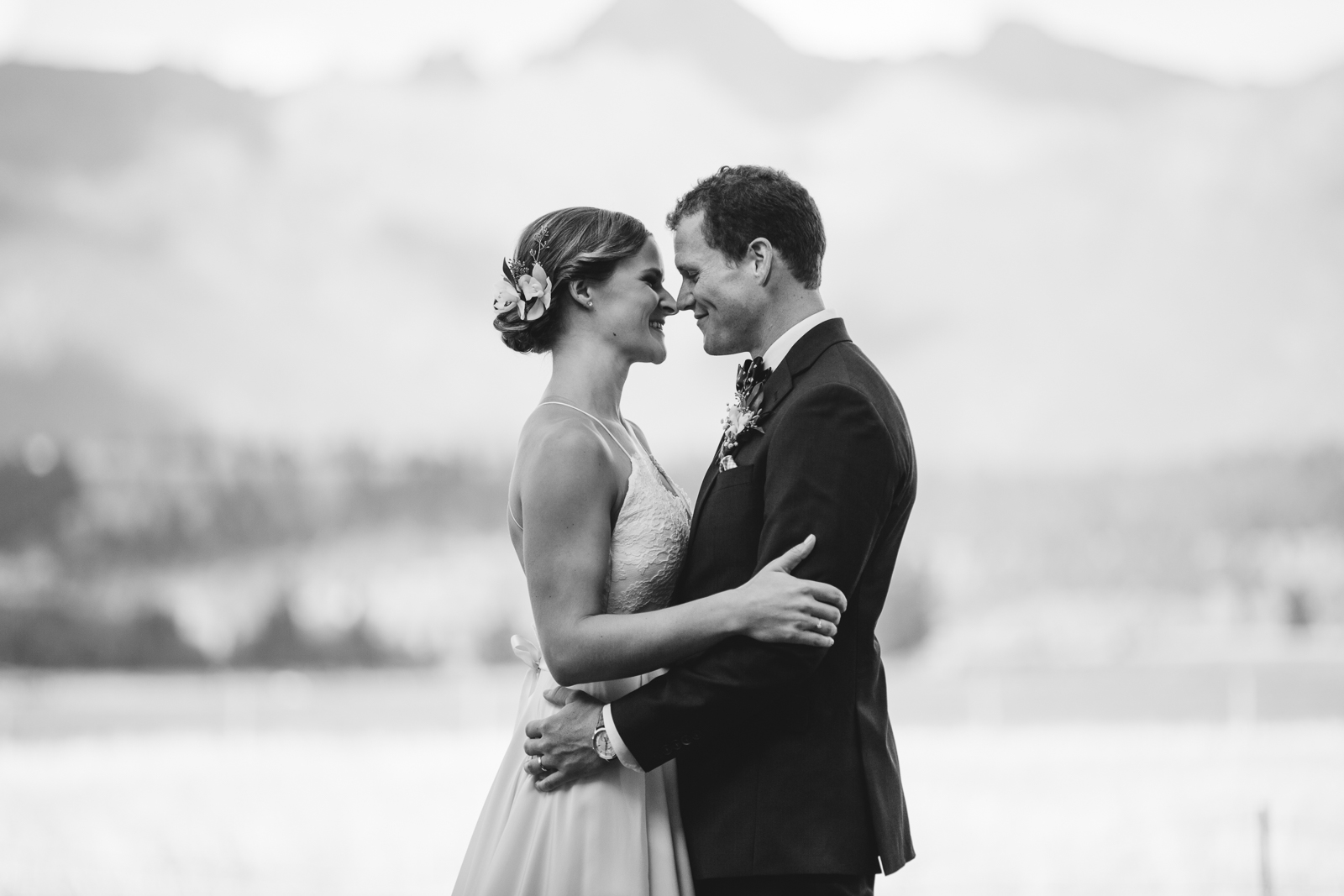 45-willow_and_wolf_photography_nicole_and_gary_cranbrook_wedding_blog