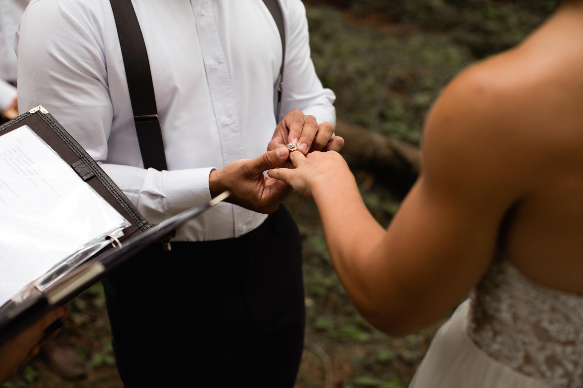 elopement exchanging rings