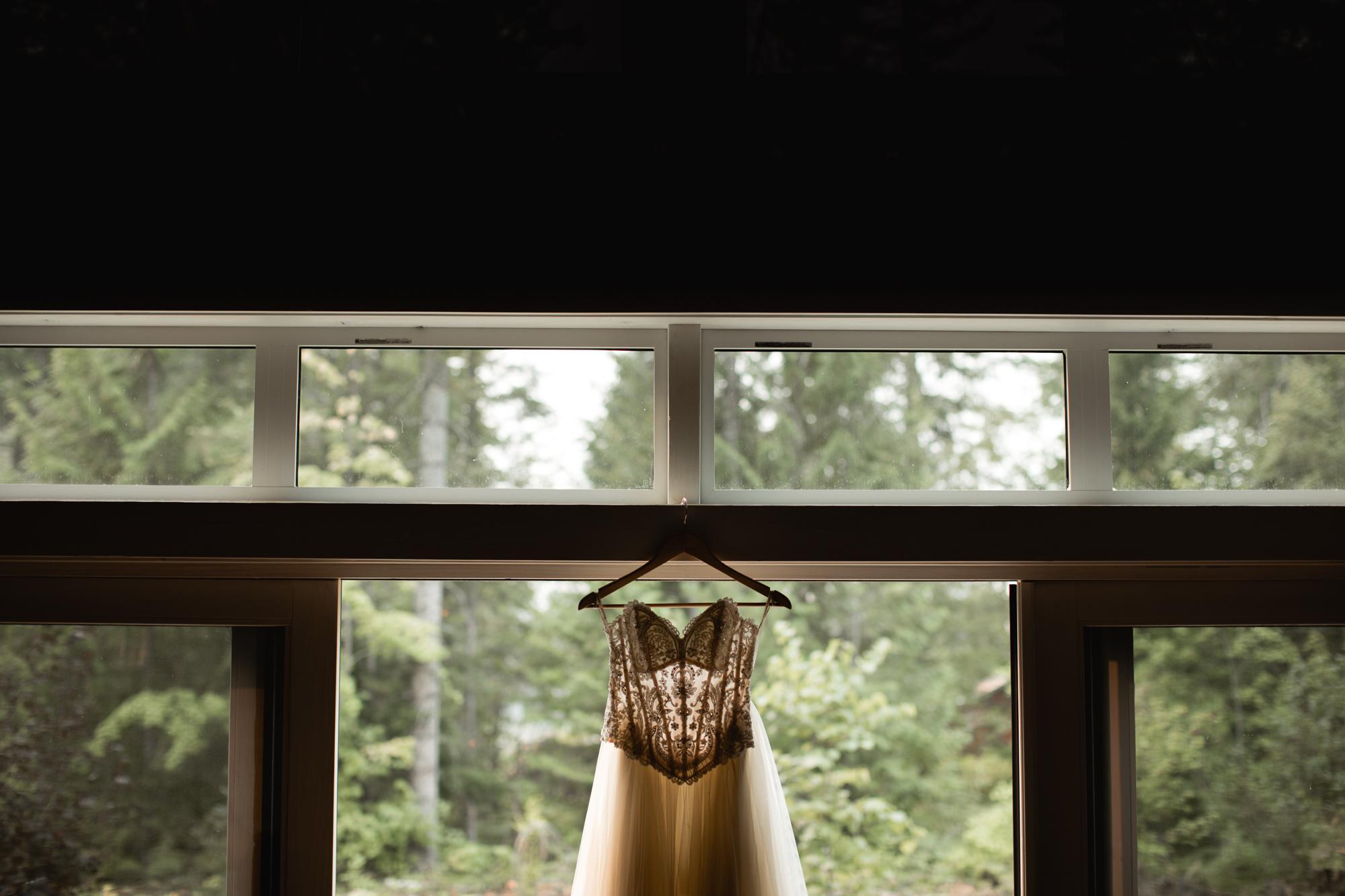 Revelstoke BC Adventure Elopement Dress