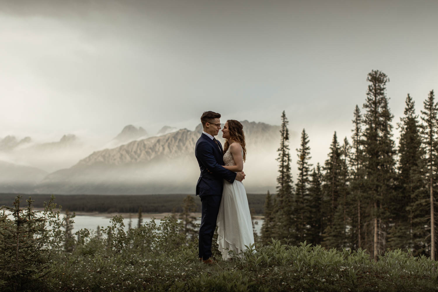 Kananaskis hiking elopement
