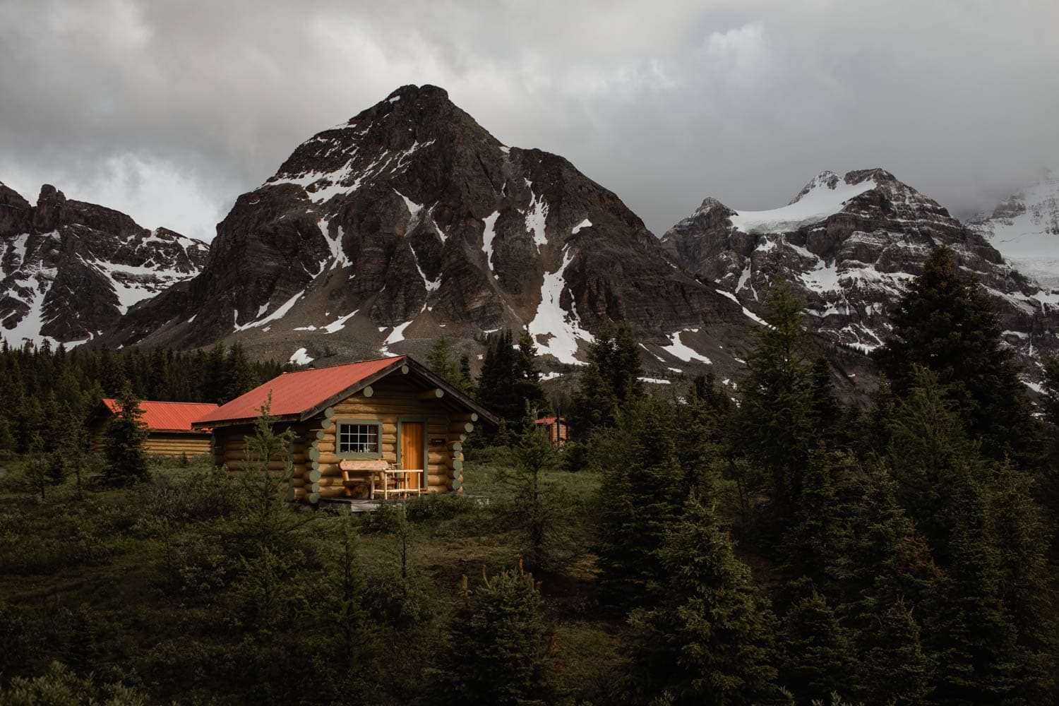 Mt Assiniboine Lodge Cabin