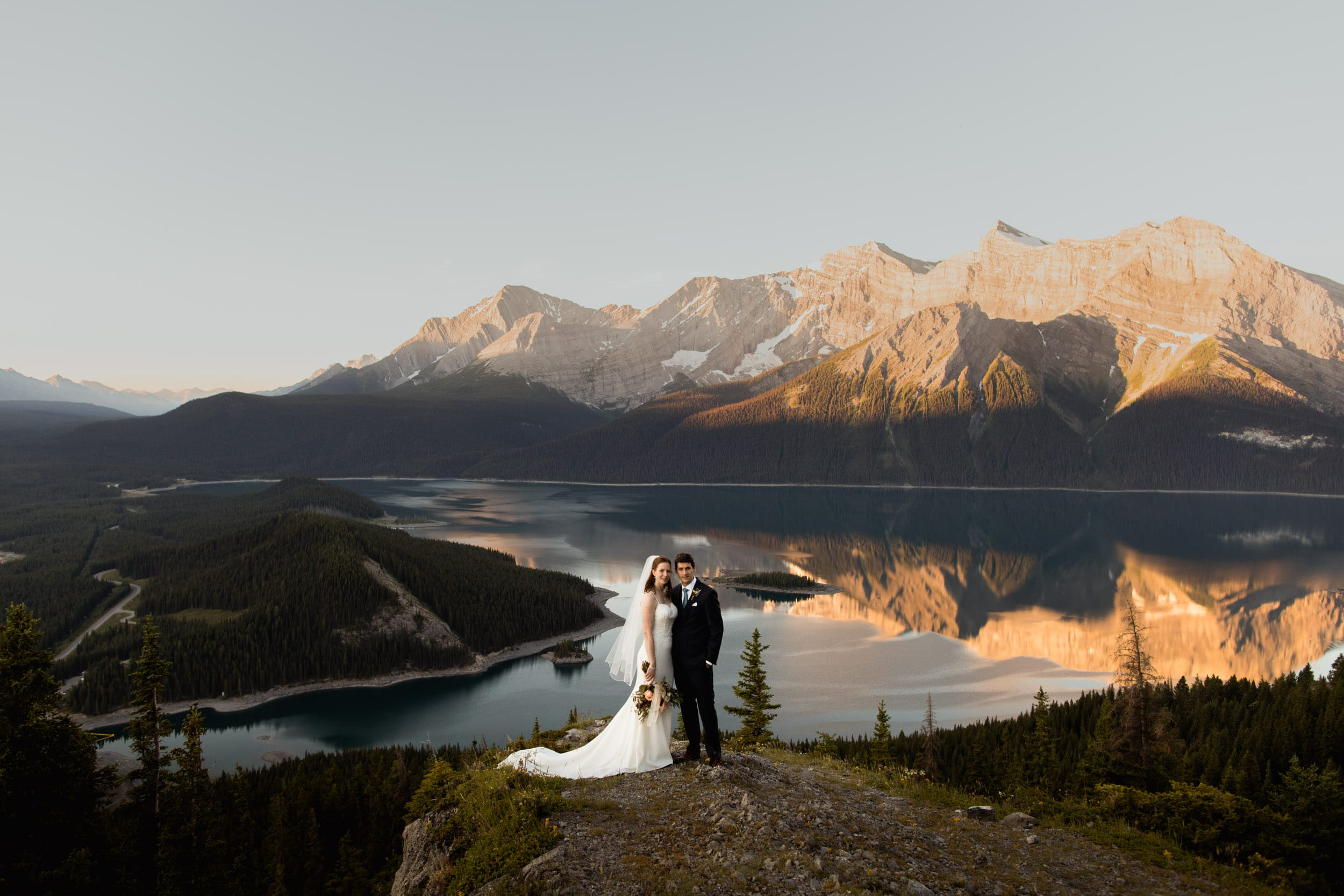 Sunrise hiking elopement in Kananaskis