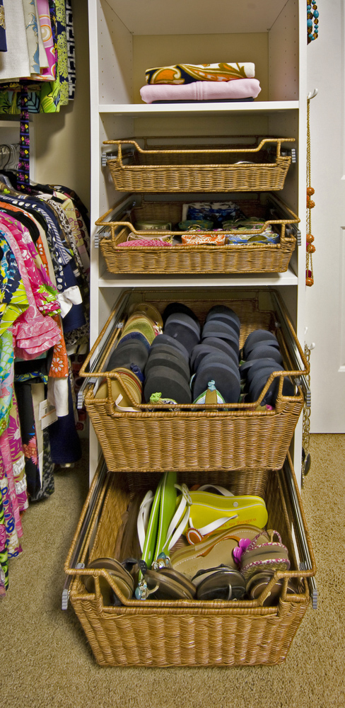 Tailored Closets Rattan Basketst Baker