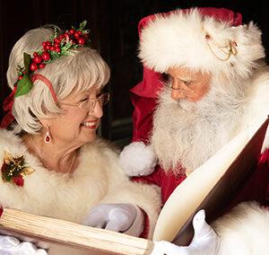 Santa Pete & Mrs Claus