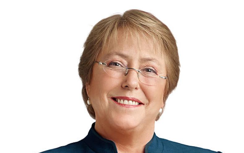 Bachelet presenta presupuesto contra-cíclico que aumenta gasto público 9.8%