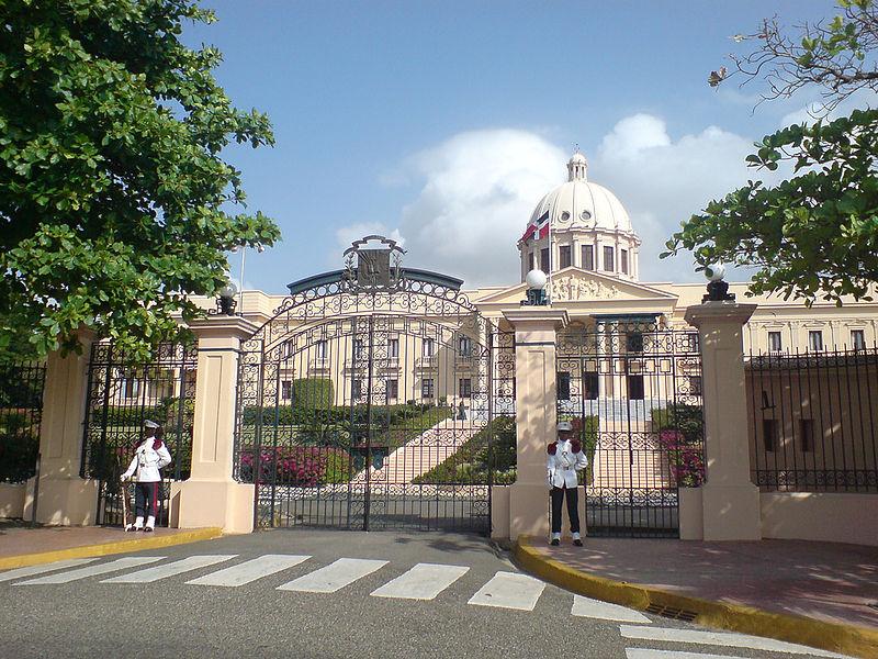 Palacio Nacional, República Dominicana. Foto Wikipedia Commons