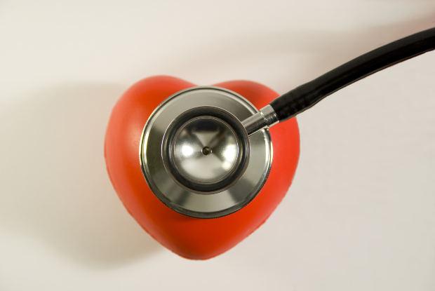 Los pacientes de ataques cardiacos regresan al trabajo más tarde