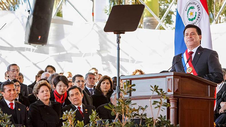 El presidente Cartes presenta el plan nacional de inversión 2014-2018