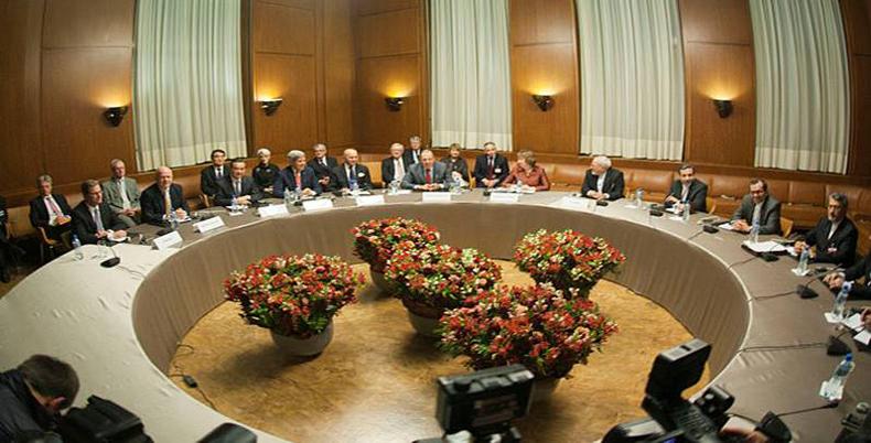 Irán y Estados Unidos mantienen negociaciones nucleares en Ginebra