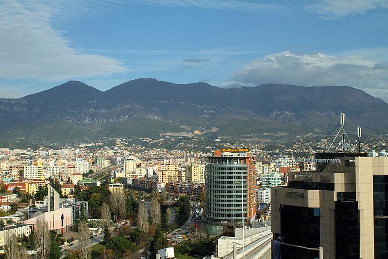 Albania Tendrá Ligero Crecimiento  Este Año