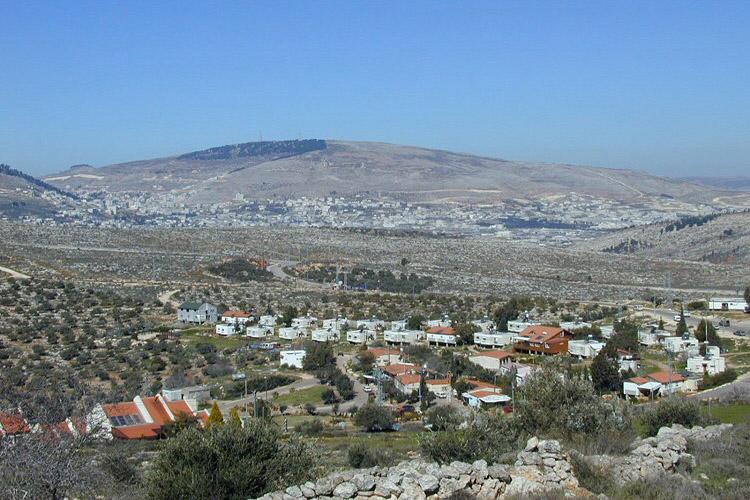 La aprobación de Israel sobre las nuevas unidades en los asentamientos indigna a los palestinos
