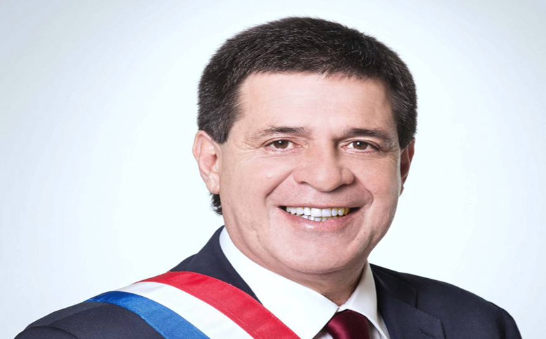 El Presidente Horacio Cartes Tiene el Grande Apoyo de la Ciudadania