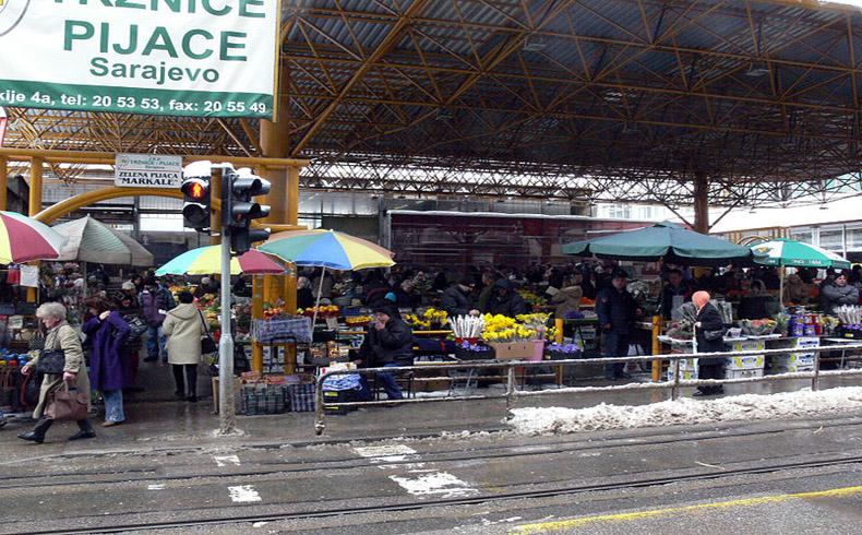 Sarajevo conmemora el 20° aniversario de la 'Masacre del Mercado'