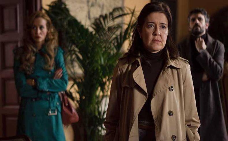 'Los Misterios de Laura' emitida por TVE-1 es una deficiente serie que intenta emular a Agatha Christie
