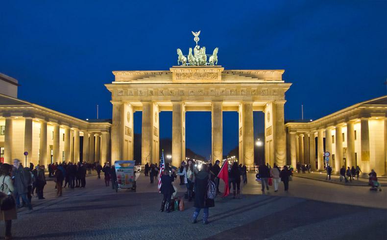 Alemania se niega a reconocer el referendo en Ucrania oriental