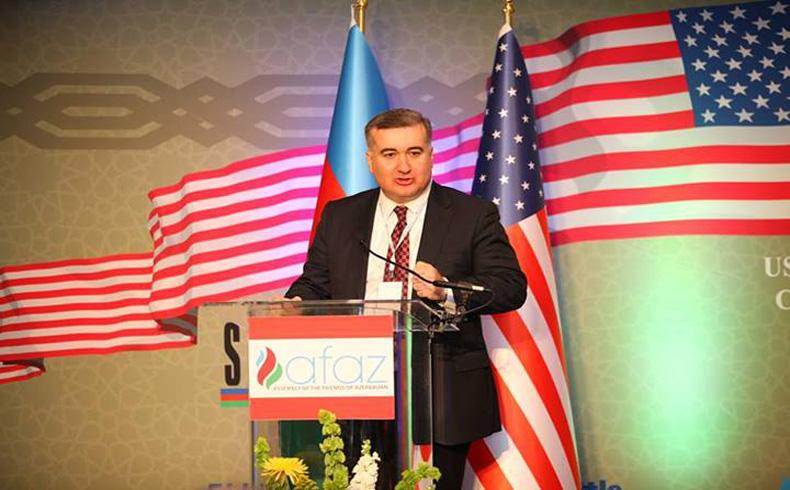 El embajador azerbaiyano en los EE.UU., Elin Suleymanov