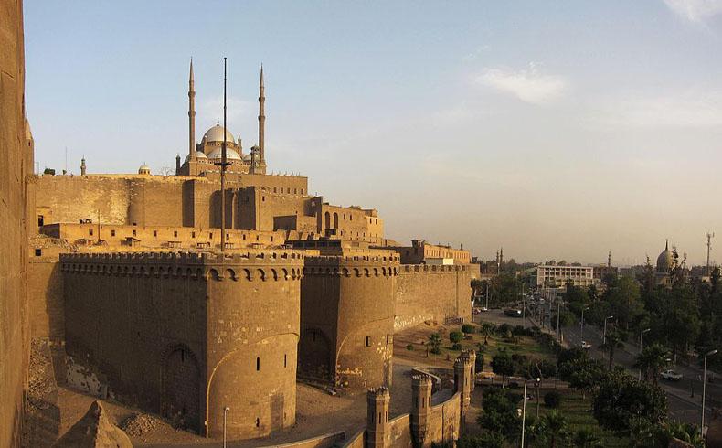 Egipto anula la prohibición de postularse a cargos electivos para los funcionarios de la era Mubarak