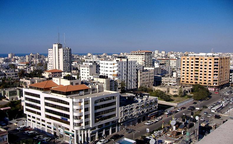Israel ataca blancos en Gaza y Hamas previene que lo pagará caro