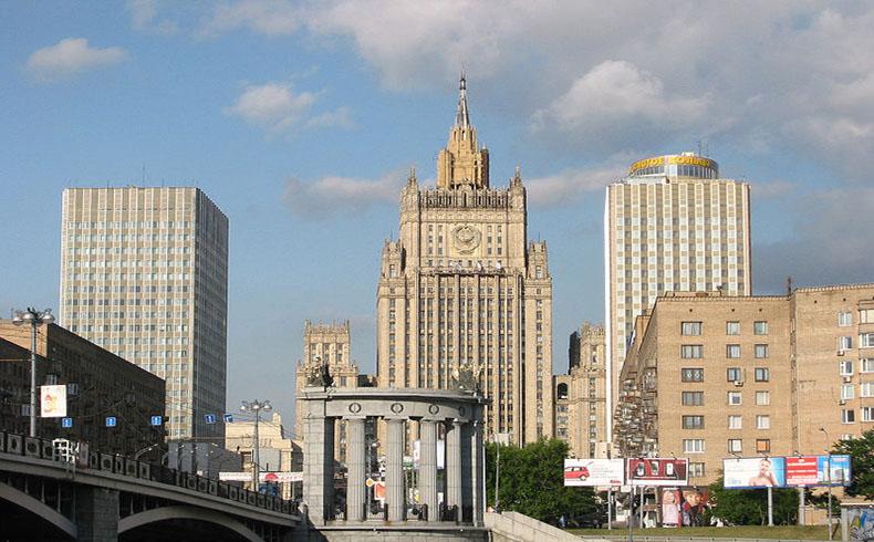 El ministro de Relaciones Exteriores ruso espera conseguir acceso consular a un ciudadano detenido por los EEUU