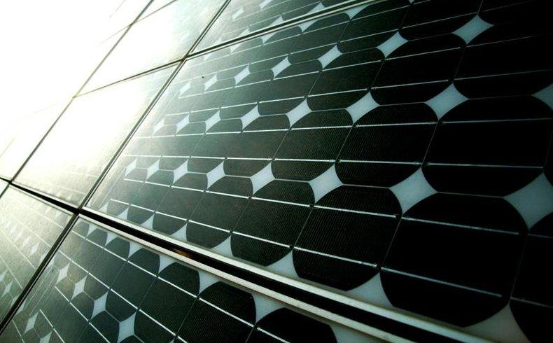 Potencia Cinvestav celdas solares con patente que capta mayor energía calórica