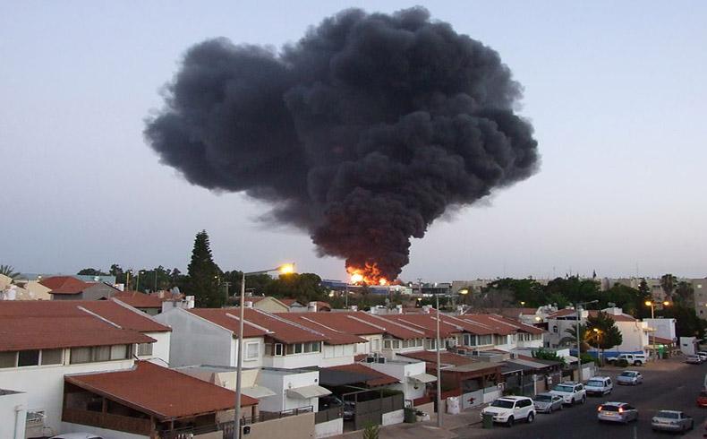 Según la TV, aviones de guerra israelíes destruyen la segunda torre residencial más grande en Gaza
