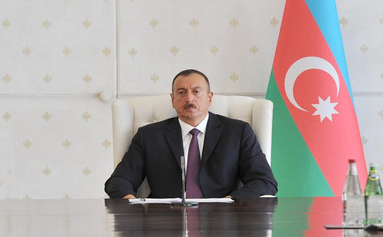 El presidente de Azerbaiyán aprueba una amnistía para 87 prisioneros