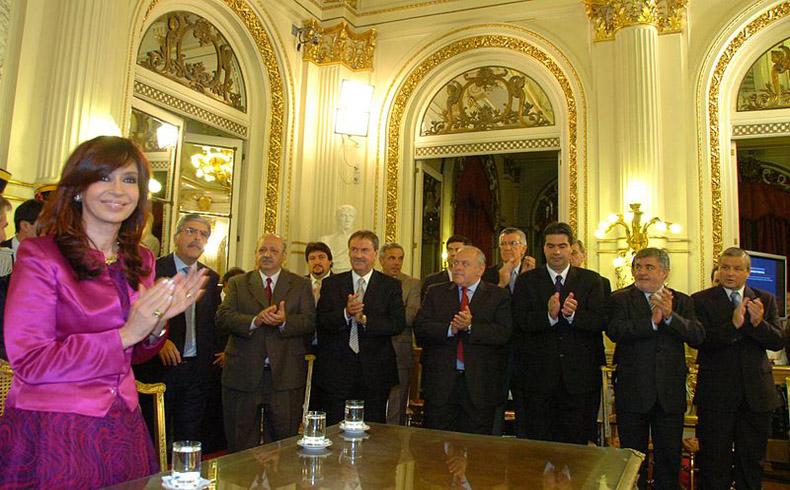 Argentina: las muchas caras de un default impuesto