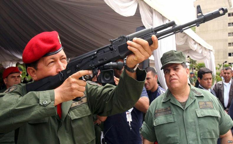 Fábrica de armas rusas Kaláshnikov en Venezuela estará lista para el 2015