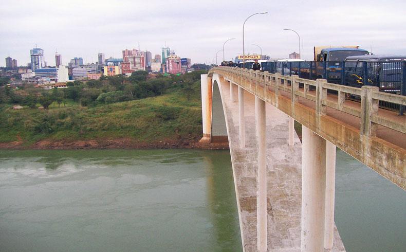 Paraguay: Miles siguen sin agua en Ciudad del Este