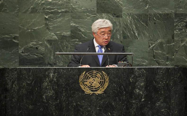 """Kazajstán insta a un arreglo pacífico del conflicto de Ucrania y a poner fin a las """"guerras comerciales"""""""