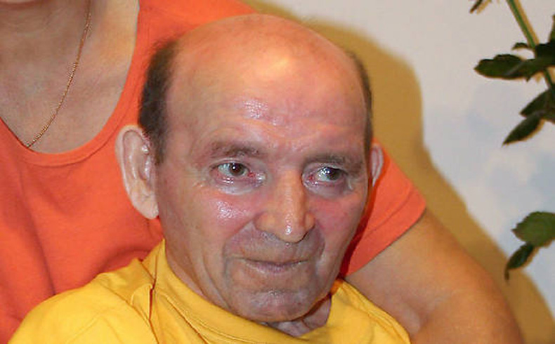 Golpe a la eutanasia: el polaco Jan Grzeboni despertó tras permanecer en coma 20 años