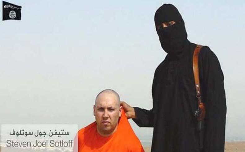 """La Casa Blanca dice que el video que muestra el asesinato de un periodista estadounidense es """"auténtico"""""""