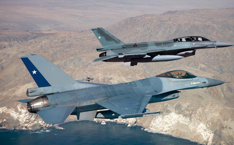 Ejercicio Salitre 2014 en Chile promueve la cooperación entre cinco fuerzas aéreas