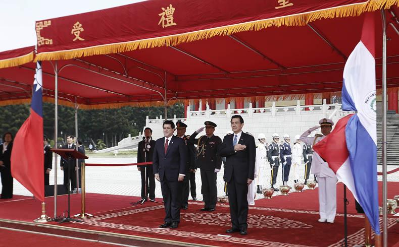 Paraguay: El Presidente Cartes mantuvo su primera visita oficial en Taiwán