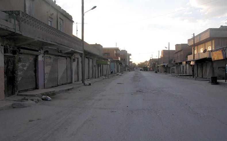 Una combatiente kurda se hizo detonar a sí misma en una reunión de EI en Siria