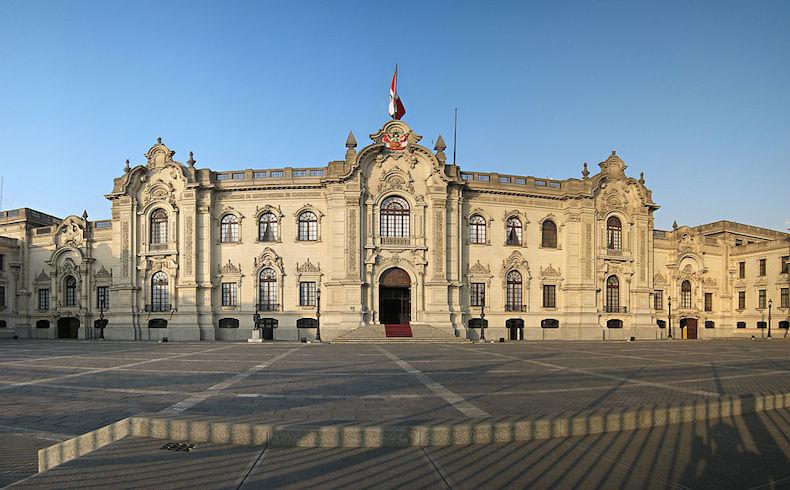 El gobierno del Perú da la bienvenida a los embajadores de Australia, Francia, Guatemala y Panamá