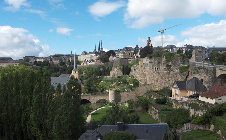 Revelan acuerdos secretos de Luxemburgo con 340 multinacionales para evadir impuestos