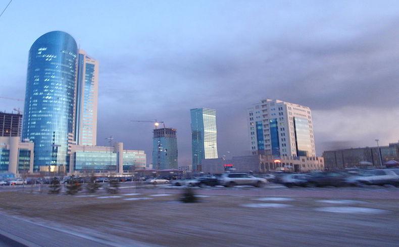 Kazajstán quiere estimular el trasbordo de carga hacia Azerbaiyán